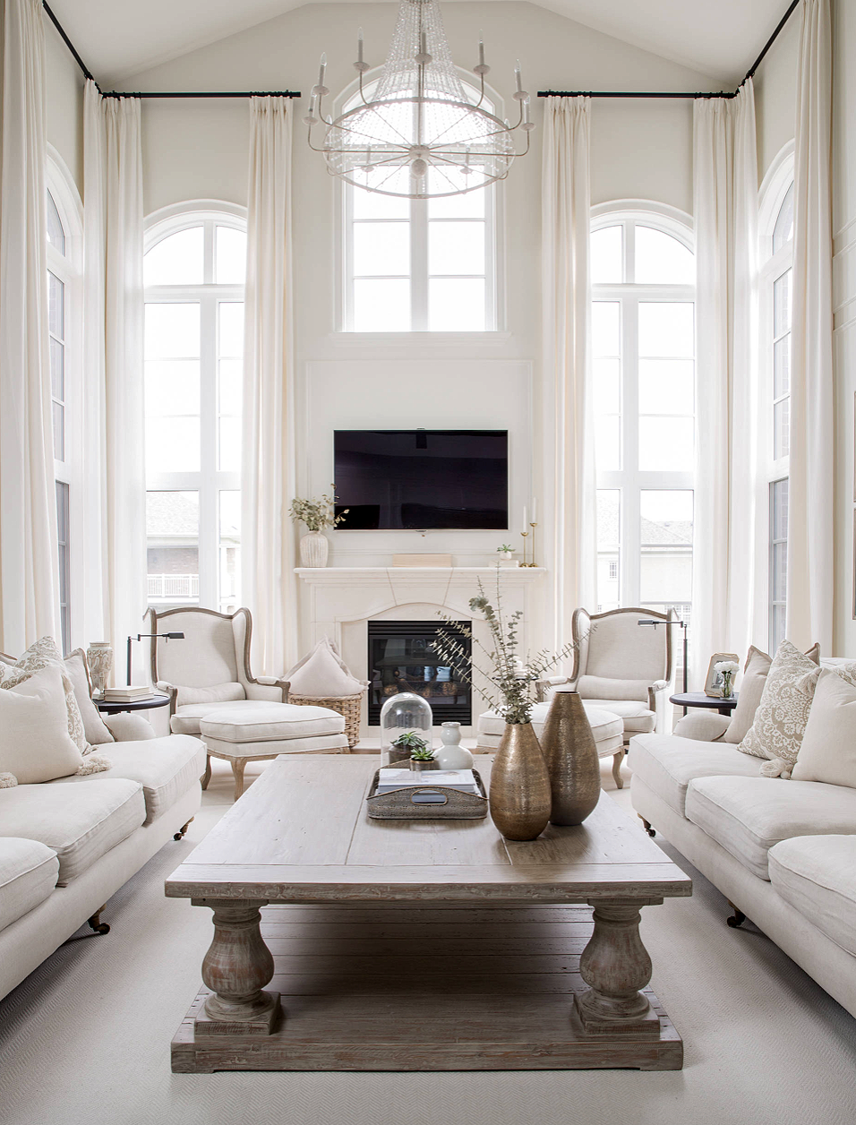 Gorgeous Elegant All White Traditional Style White Living Room