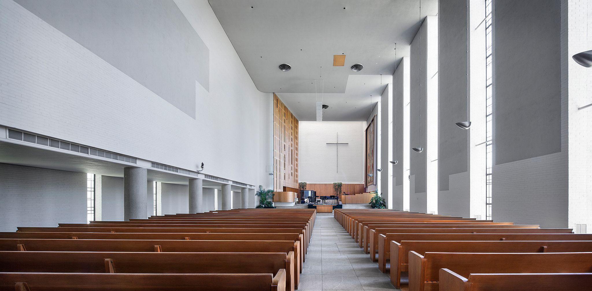 https://flic.kr/p/FpoYv5 | First Christian Church | Columbus, IN | Eliel Saarinen | Sacred Sites  September 2015 First Christian Church Columbus, Indiana Eliel Saarinen