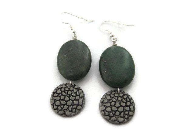 Dark Green Earrings, Green Stone Earrings, Large Green Earring, Moss Green Dangle Earrings,  Pine Green Drop Earrings, Hammered Silver Disk