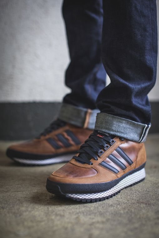 Throughout their history, Barbour have always been synonymous with the British countryside. To celebrate this heritage, #Barbour and #adidas have designed a conceptual trainer that follows their Country story and complements the #Adiwick jacket. The #TSRunners are a classic outdoor shoe which feature tan leather uppers and waxed cotton tongue. #barbourxadidas