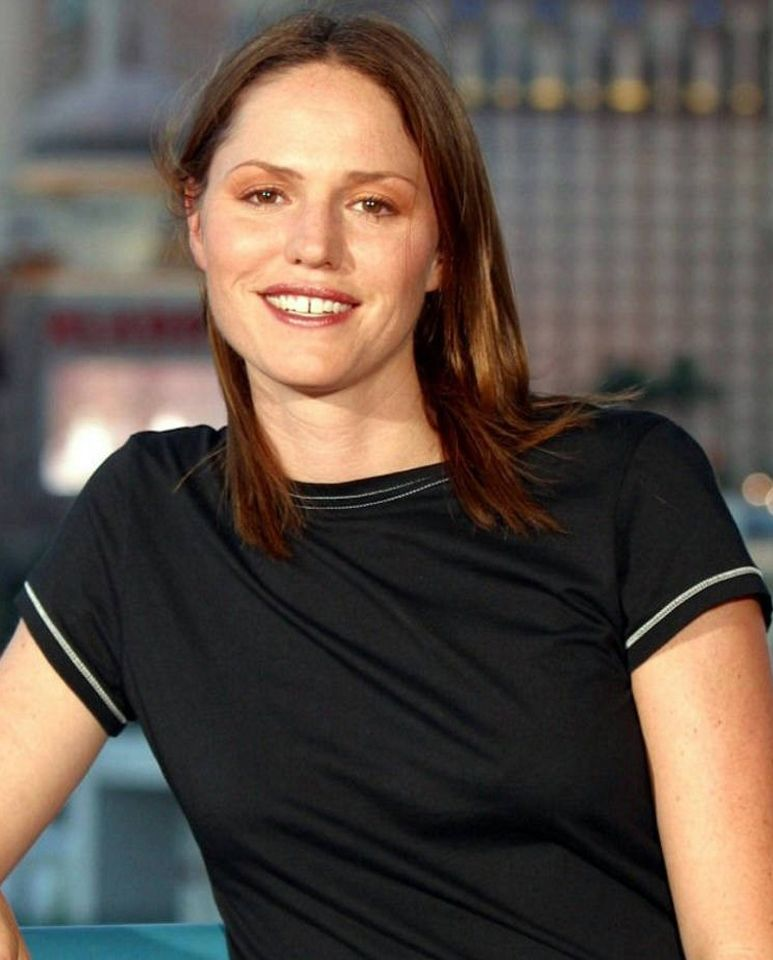 Jorja Fox As Sara Sidle Csi Las Vegas Csi Tv Series Fox