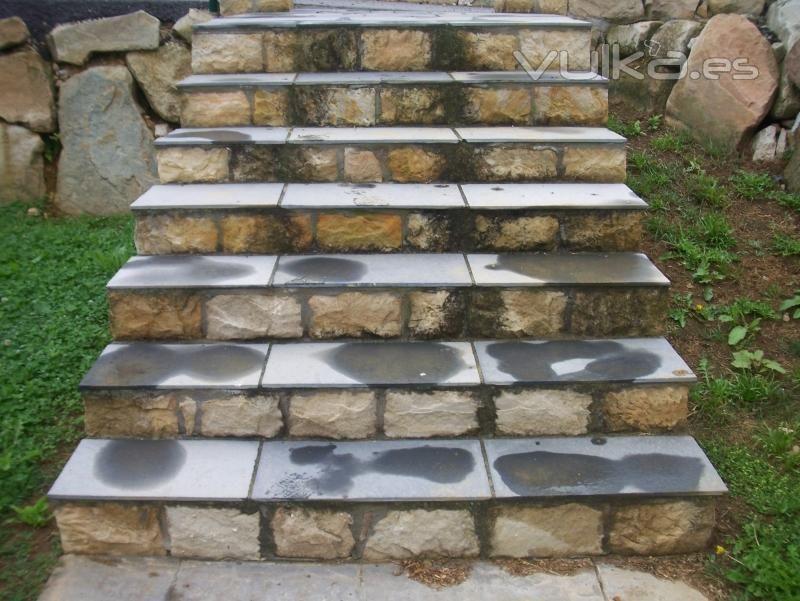 Escaleras piedra y concreto buscar con google - Escaleras de piedra ...
