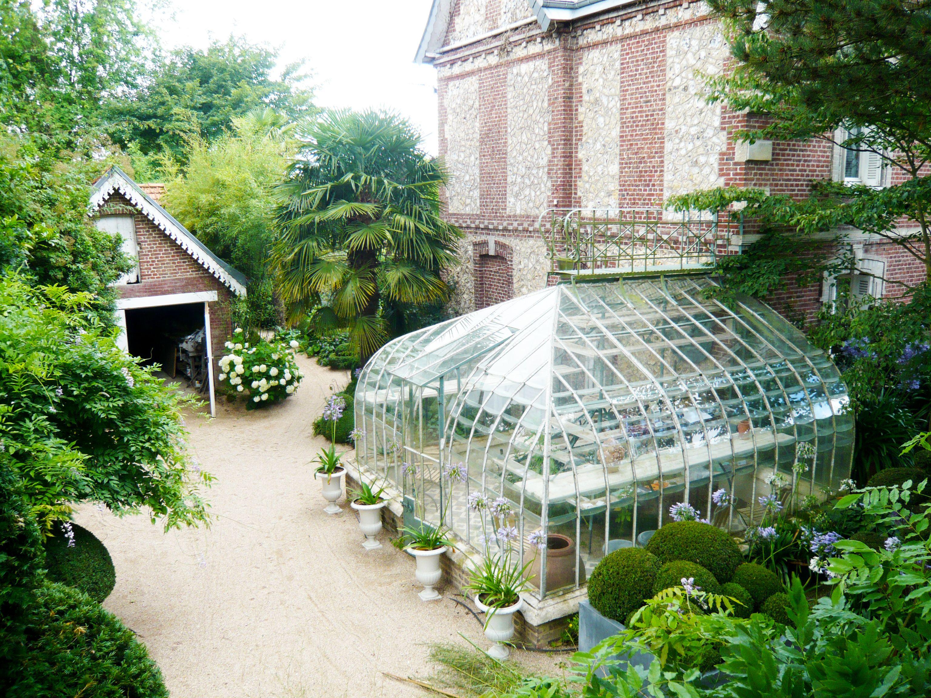 Agapanthe Garden by Alexandre Thomas Landscape Architect