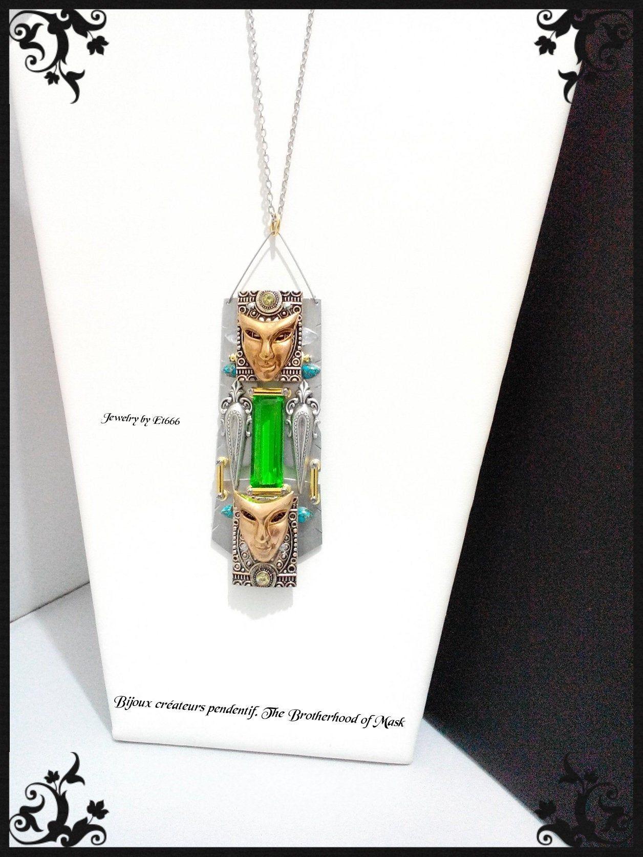 Original et unique Pendentif perle d/' EUCALYPTUS Healing wood.