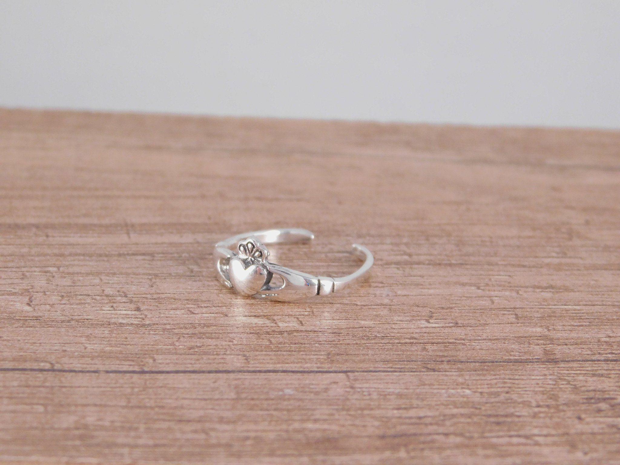 Celtic Irish Claddagh Toe Ring/Midi Ring | Gaelic jewelry ...