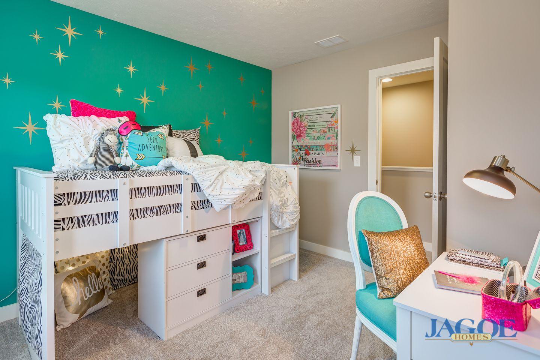 Van Gogh C Floor Plan Girl's Room Bluestream at Deer
