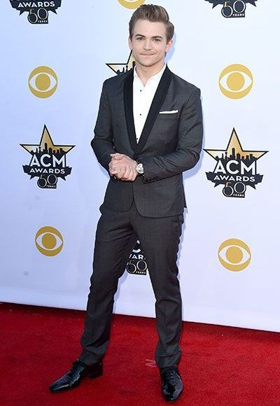 Hunter Hayes Height Weight Body Measurements Shoe Size Age ...