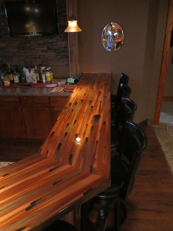 The Copper Bar Top This Time Is Concise And Has A Thin Frame On All Sides.  They Used Stellar Copper In This Instance, An Excellent Choice For Bar Tops.