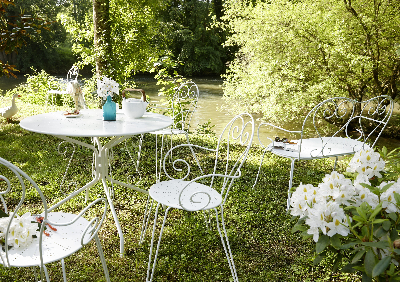Vos Courses En Ligne Drive Livraison A Domicile Avec Carrefour Fr Table Romantique Ambiance Jardin Mobilier Jardin