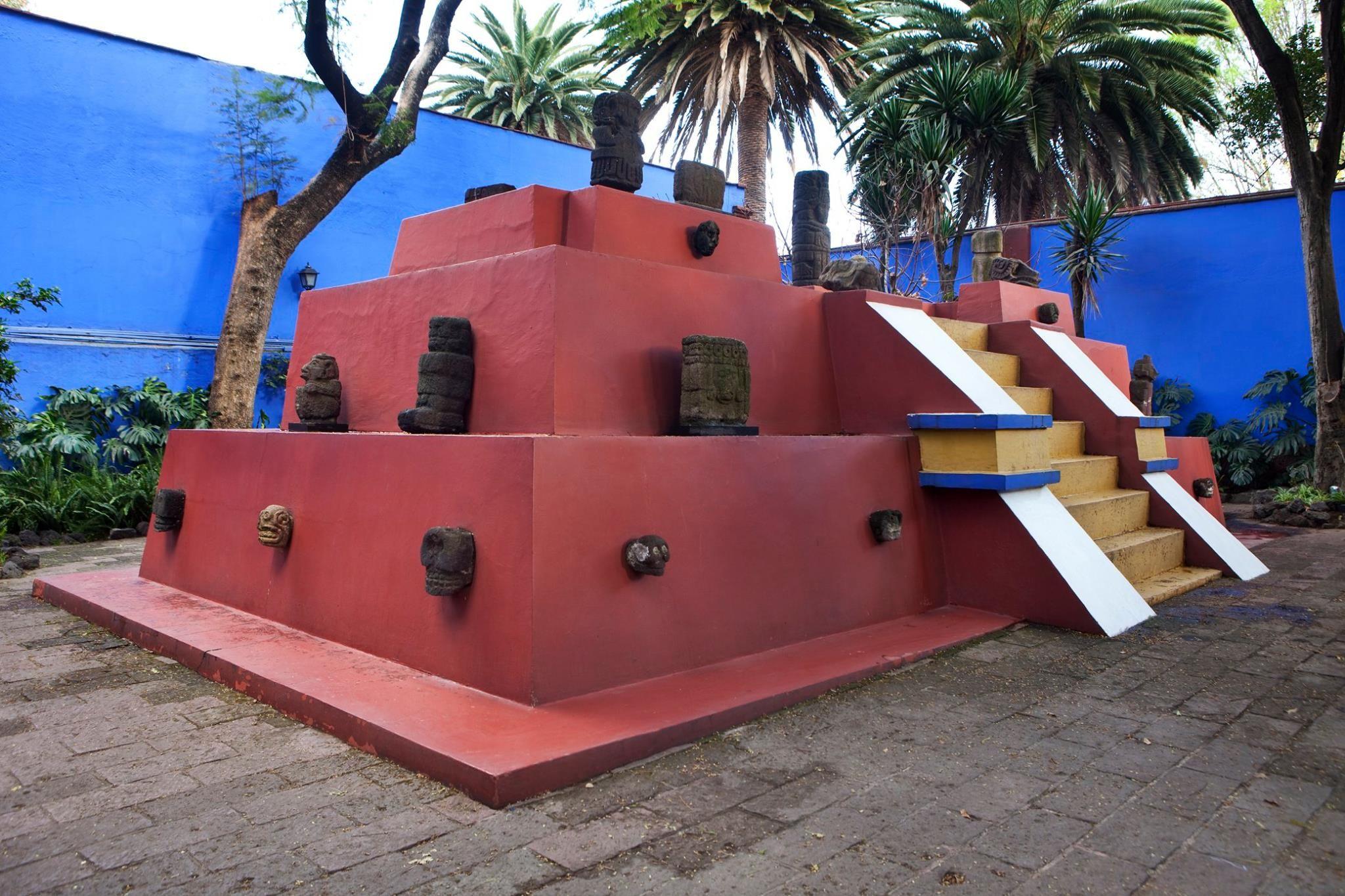 #Piraminde de objetos prehispánicos #collection #DiegoRivera #Museo #Casa #Azul