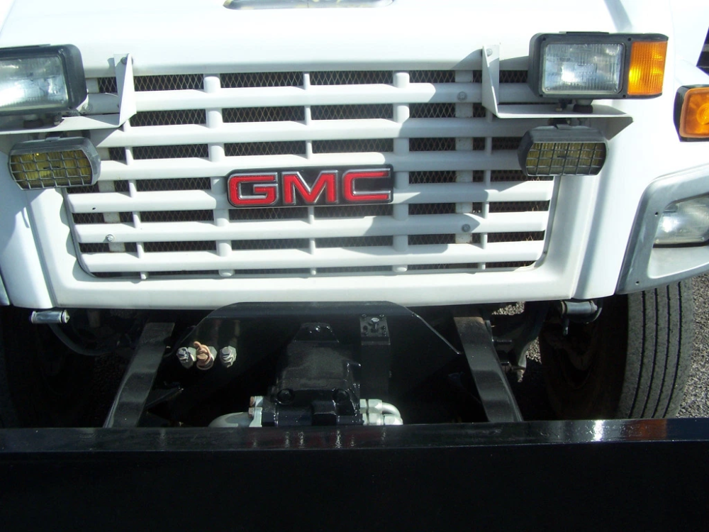 2005 GMC C7500 DUMP TRUCK 31,000 CITY OWNED MILES .. 7