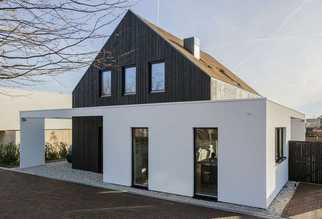 Villa Out Of The Box Is Situated On The Edge Of Zoetermeer Next To The
