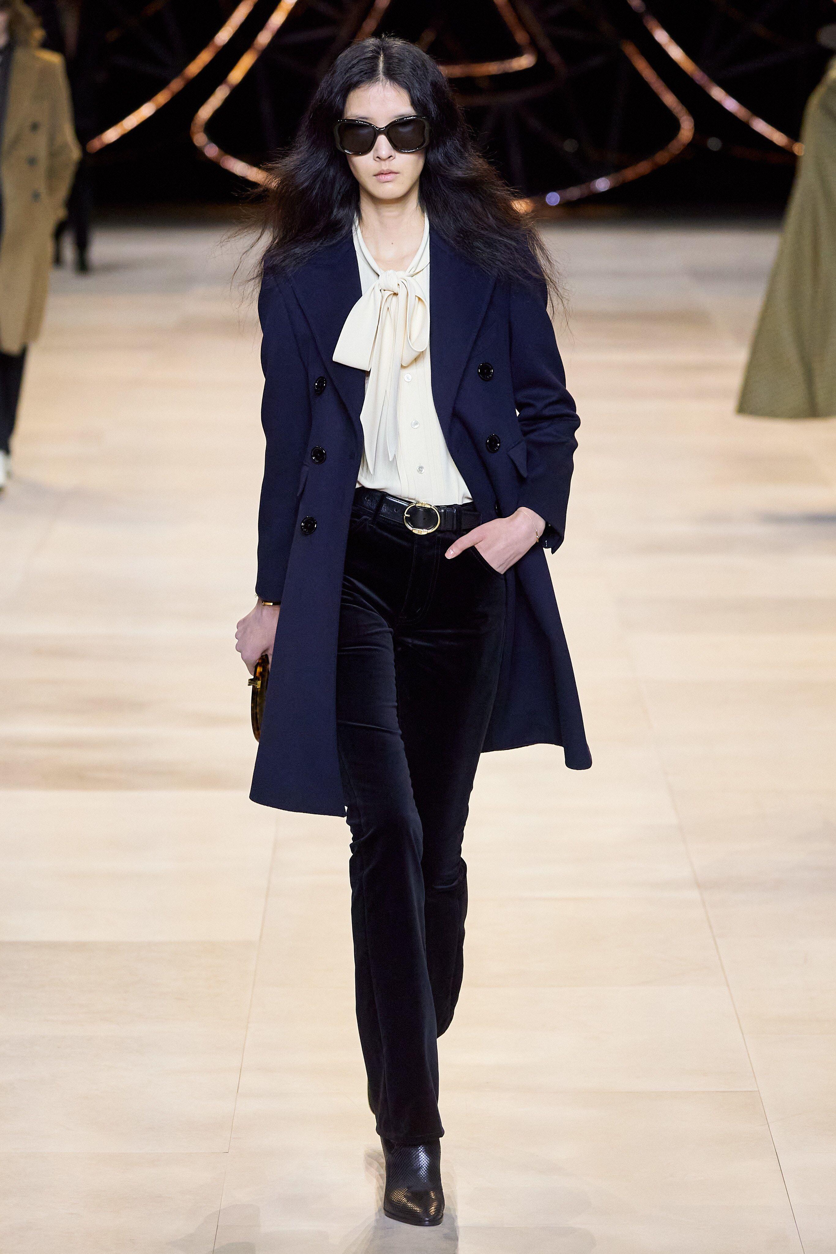 Photo of Celine Fall 2020 Fashion-show kolleksjon: Se hele Celine …
