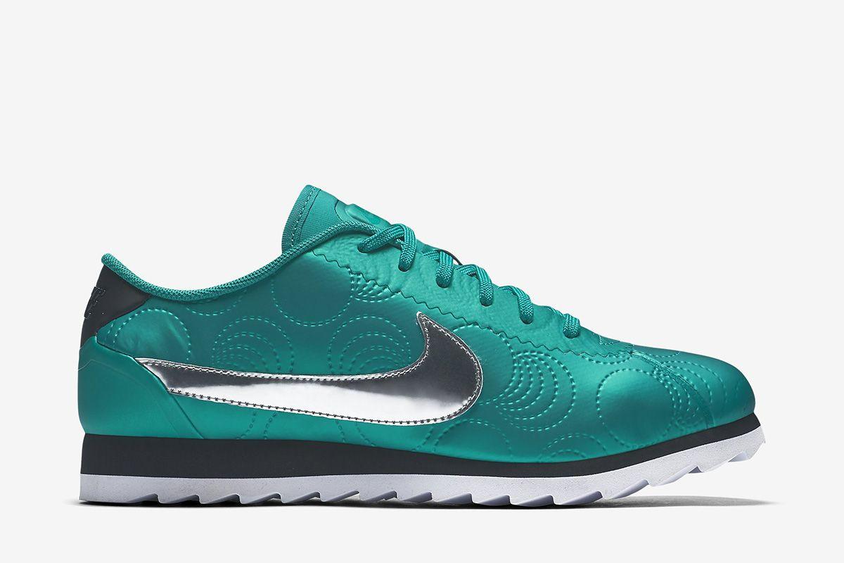 df418d41e681 Nike Cortez Ultra LOTC (Los Angeles) Women s Shoe  Mystic Green Black