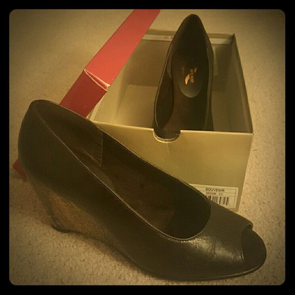 Aerosoles Brown Souvenir Wedge Cute summer wedges with heel rest.  Never been worn, in original box. AEROSOLES Shoes Wedges