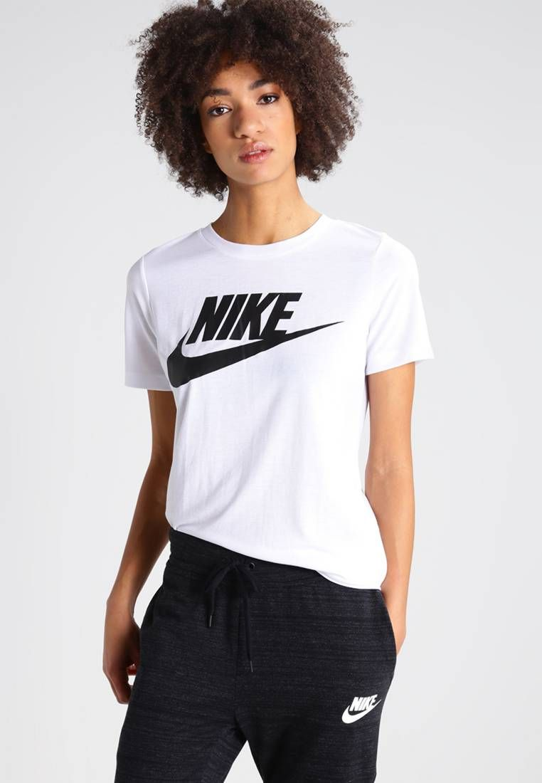 Pin by Treasure on MAIN TINGZZ 2020 in 2020 | Nike shirts ...
