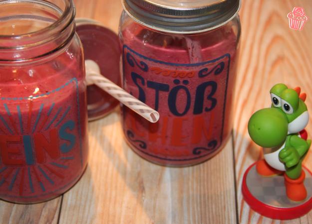 Beeren-Smoothie mit Mandelmilch