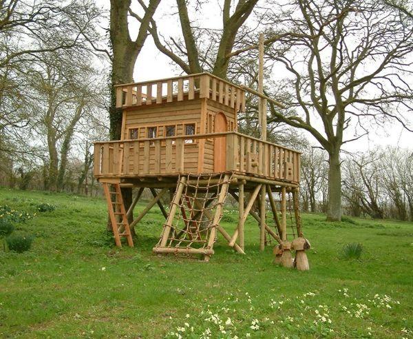 Baumhaus Selber Bauen baumhaus wie ein schiff selber bauen grüne wiesen baumhaus bauen