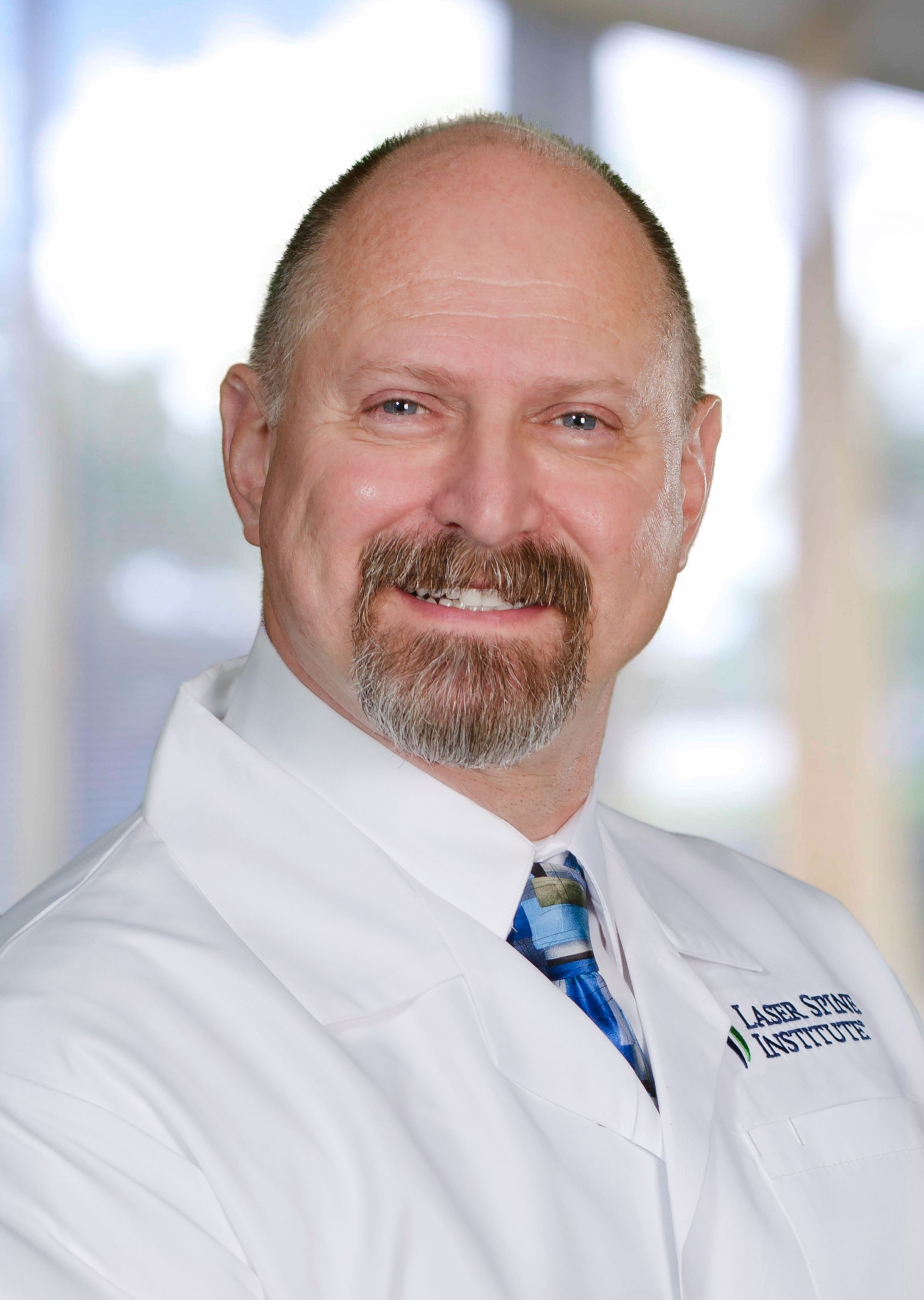 Laser Spine Institute Physician Bruce D Moffatt M D Surgeon Laser Medical