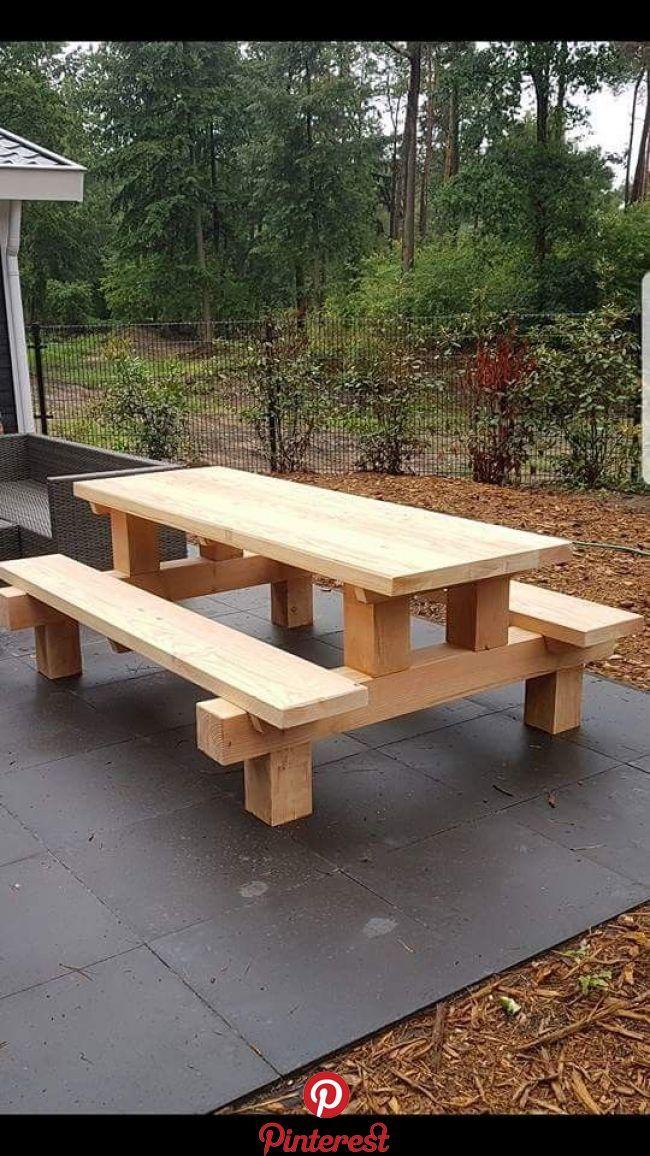 Cool Picnic Table Made With Posts Bank Cool Picnic Posts Table En 2020 Bancos De Madera Para Jardin Muebles De Jardin Mesas De Patio