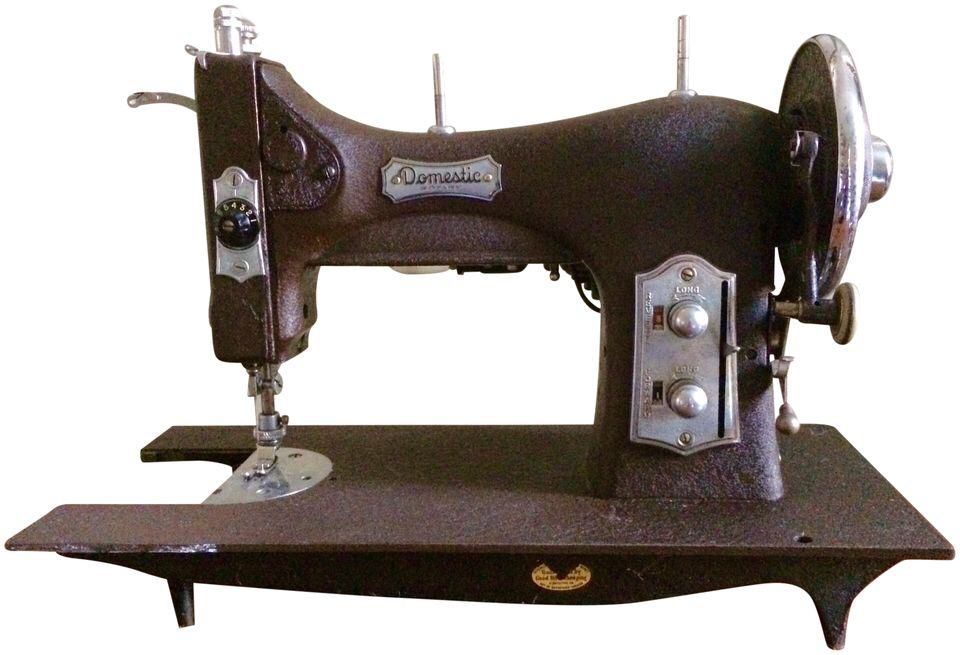 Vintage Domestic Sewing Machine on Chairish.com | Sewing ...