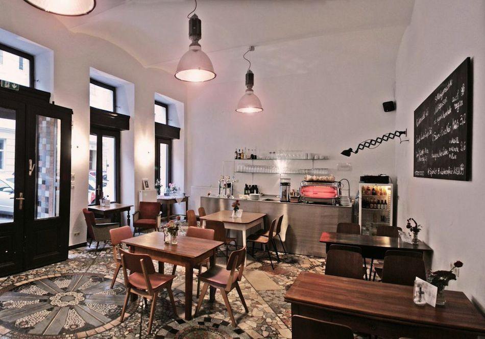 Erna B. - Top 10 Spots To Discover in Vienna | iGNANT.de