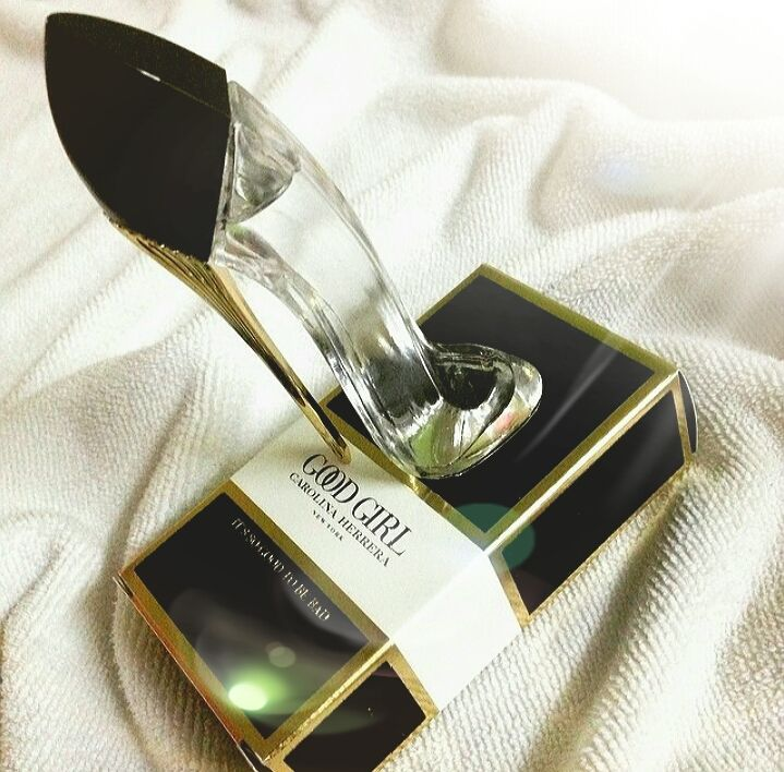 Fragrance · Cook · Miniatura Carolina Herrera Good Girl Feminino - EDP - 7ml  - Oriental Floral Good Girl de cf9ed239c6