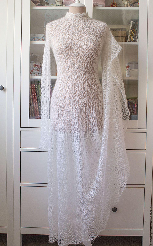 Купить или заказать Авторское вязаное платье \
