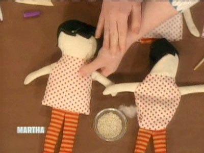 Preto da Apple Doll, uma Vídeos | Artesanato como fazer e idéias | Martha Stewart