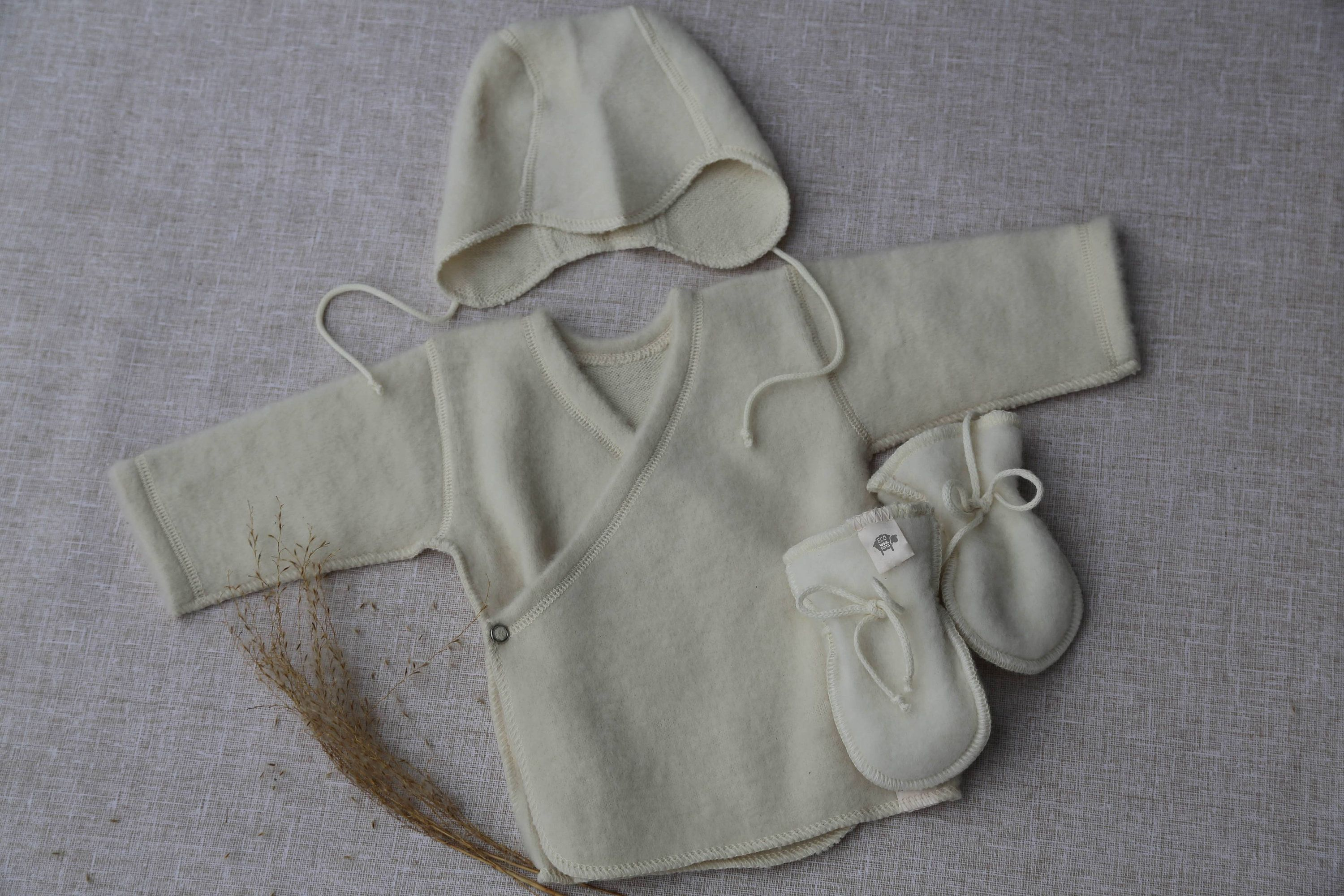BABY SHOWER GIFT ideas Merino wool baby clothes Baby t set Baby