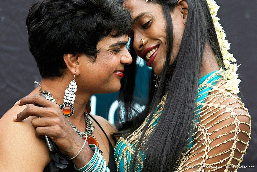India's oldest transgender community is trapped in poverty