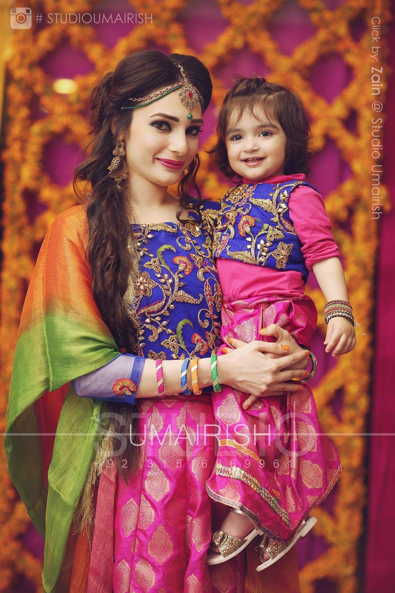 Umairish studio photography Mother daughter matching