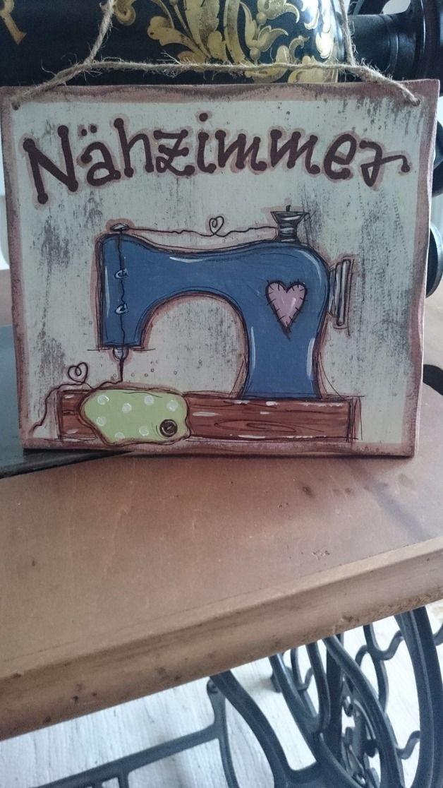 Photo of Dieses liebevoll gearbeitete Türschild aus Holz läßt Herzen höher schlagen! …
