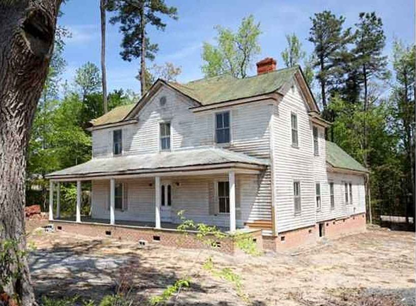 c  1890 - Cary, NC - Old country home  | Home | House, Old