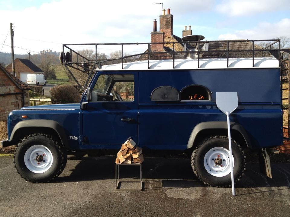 Converted Land Rover Serving Wood Fired Pizzas One Of Many Pizza Caterers Available To Hire