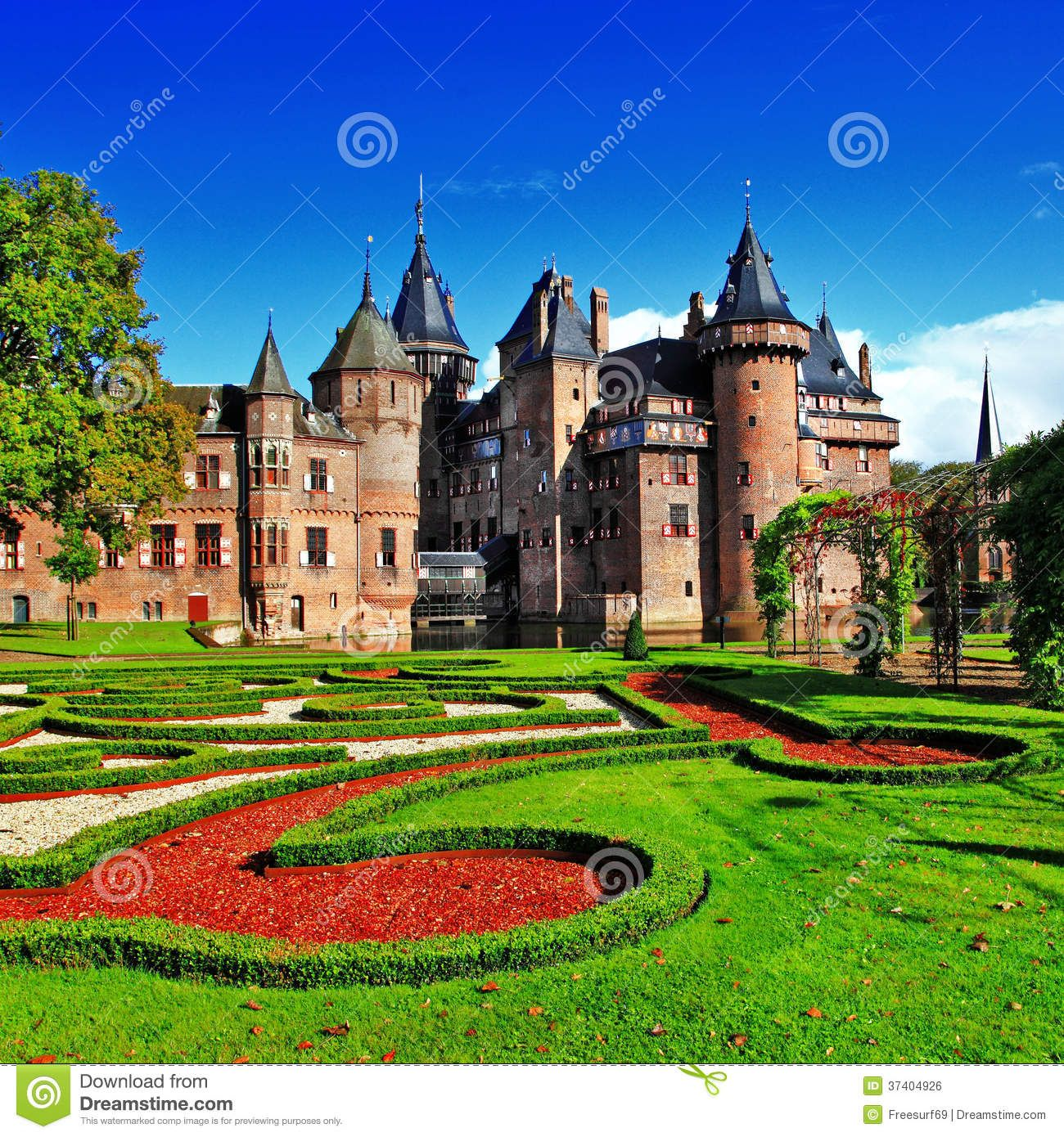 Foto acerca Castillo romántico hermoso de Haar de Holanda