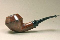Rhodesian 18 pipe