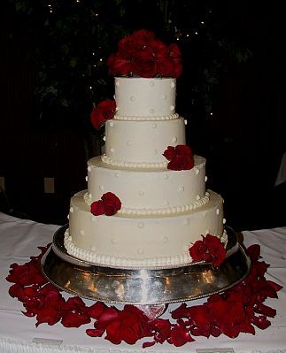 Tortas De Boda Blanco Y Rojo 12 Jpg 323 399 Rose Cake Design Wedding Cake Red Wedding Cake Roses