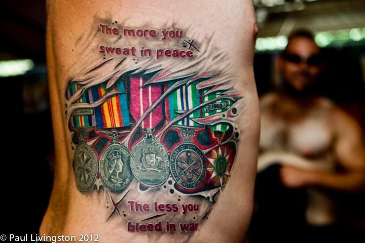 I Think This Is Awesome Tattoo Honoring The Medals Of His Father Who Served In Vietnam Tatouage Tatouages Militaires Tatouage Cool
