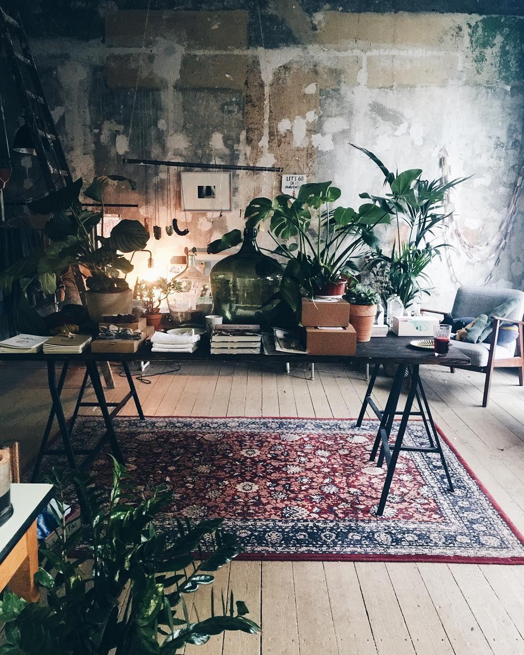 Creative Studio E More