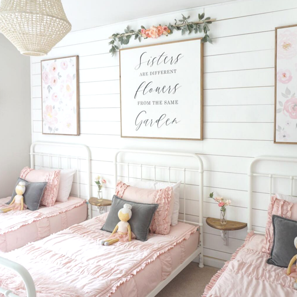 Shared Floral Bedroom For Girls Shared Girls Bedroom Floral