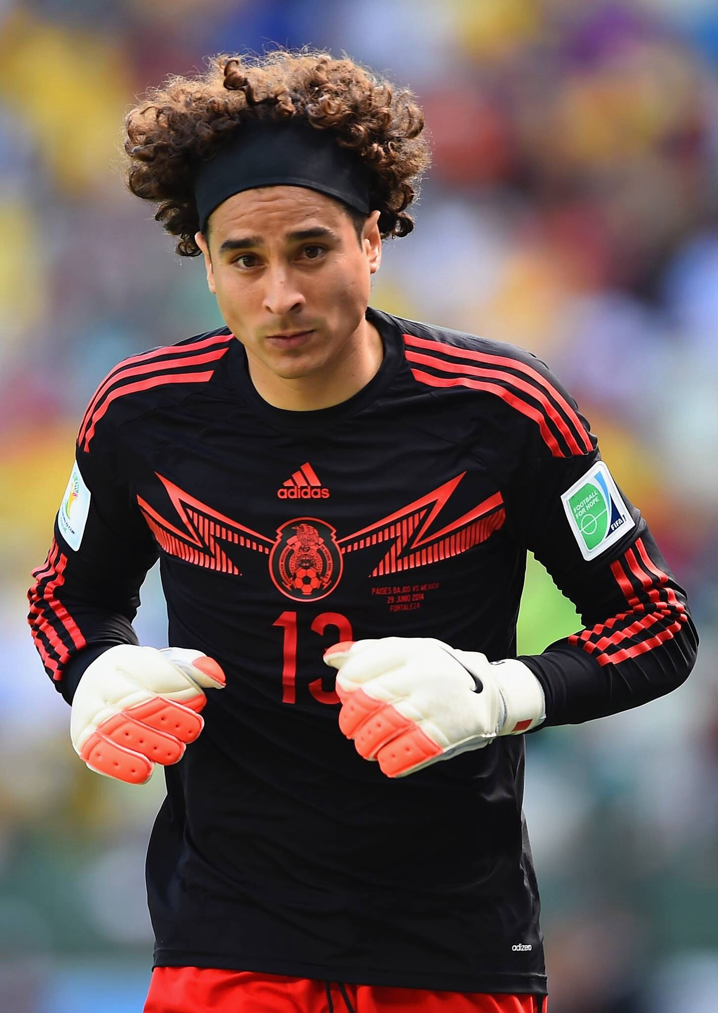 Mexico S Goalie Though Soccer World Fifa Soccer Stars