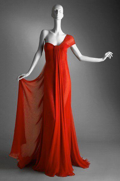 sale retailer cbd98 73b4b Pin di Kunthea Pich su Belle robe   Stile di moda, Abiti e ...