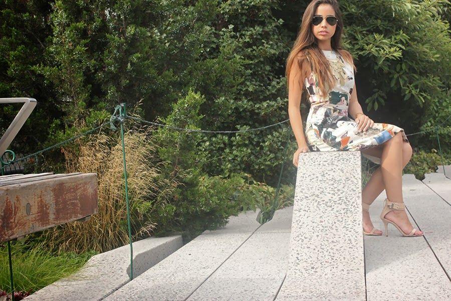 Mannolly's Rack Vestido: Carven Sandalias: Zara Collar: Mannolly's rack Cartera: Chanel