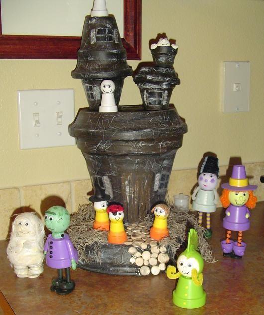 Halloween Terra Cotta Pot Crafts
