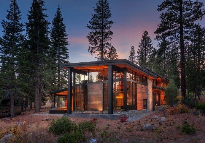 Mountain Modern Prefabricated Home In Tahoe Boasts Indoor Outdoor