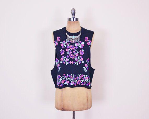 #Vintage #Black #Floral #Top #Pink Floral Print Top Deep Armhole #Tshirt #Sleeveless T-Shirt #Crop T-Shirt #80s T-Shirt #90s #Grunge T-Shirt S Small M Medium #DeepArmhole #Etsy #EtsyVintage #TrashyVintage @Etsy $28.00