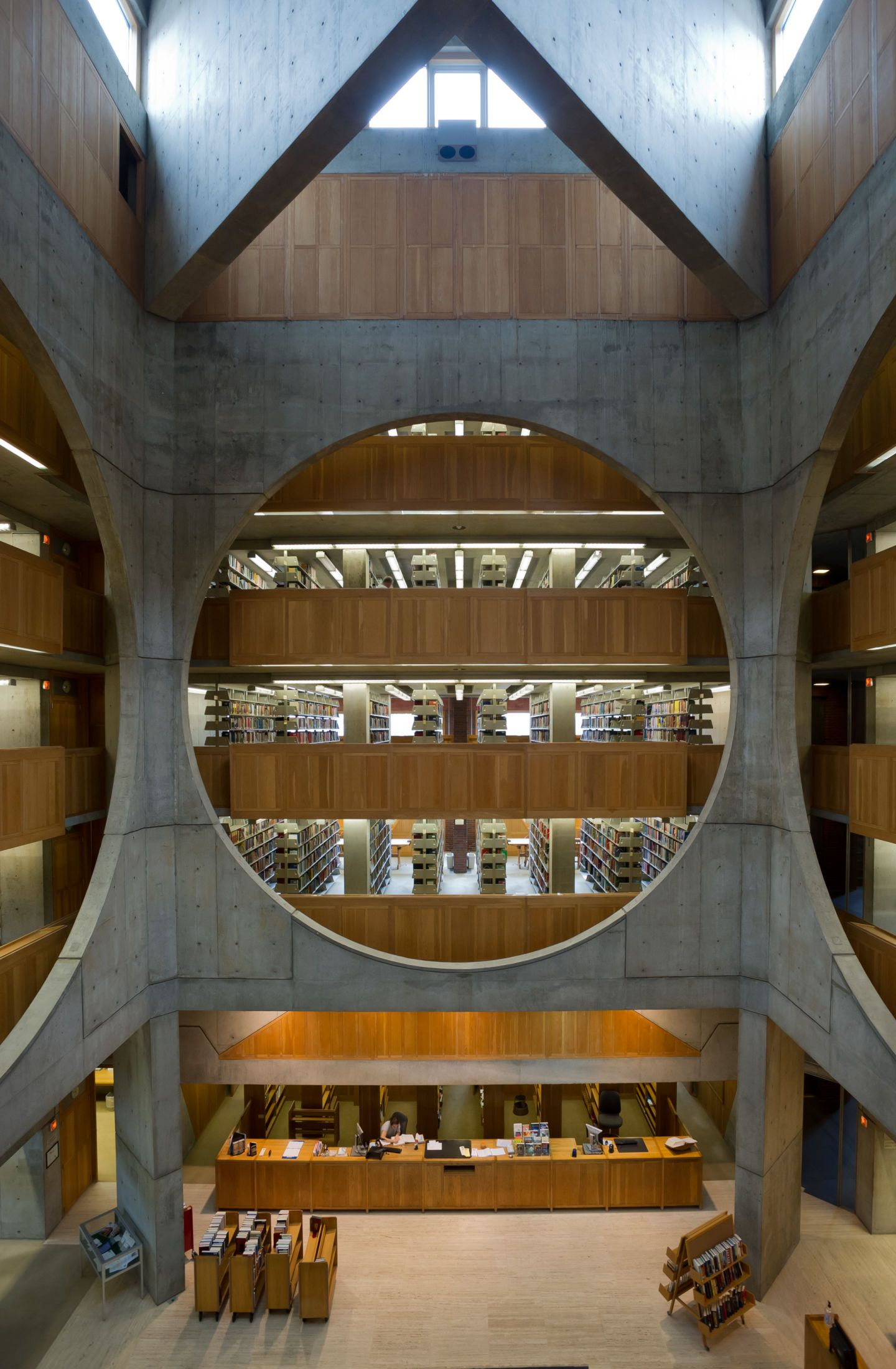 Louis i kahn xavier de jaur guiberry library at for Louis i khan
