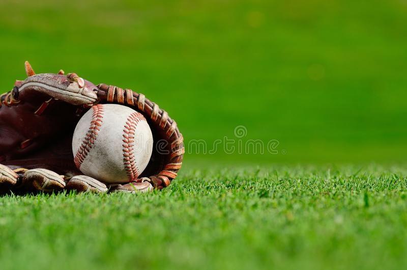 Baseball Close Up Close Up Of Baseball And Glove On The Grass Ad Close Close Baseball Grass Major League Baseball Baseball Philadelphia Phillies