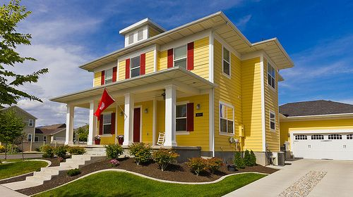 Modern Yellow Foursquare House House Ideas Exterior